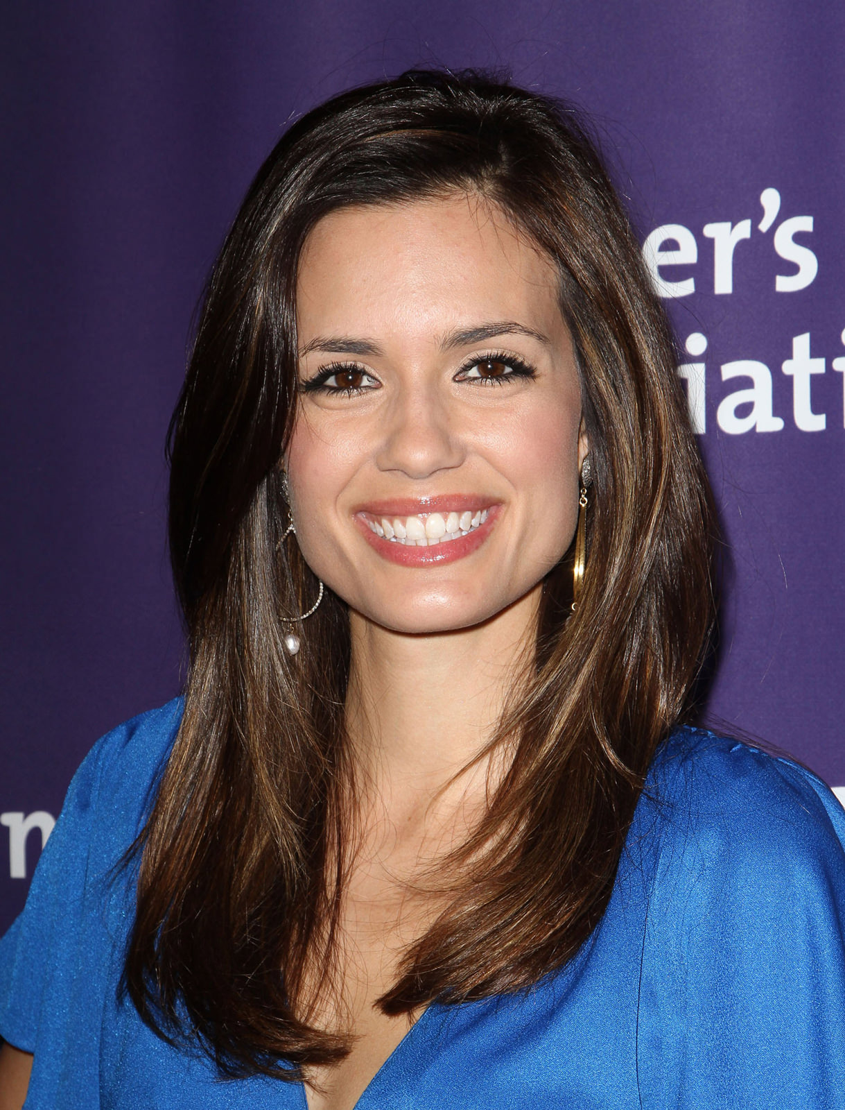 Torrey DeVitto Photo Gallery