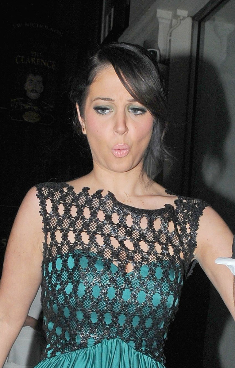 Tulisa Contostavlos Photo Gallery