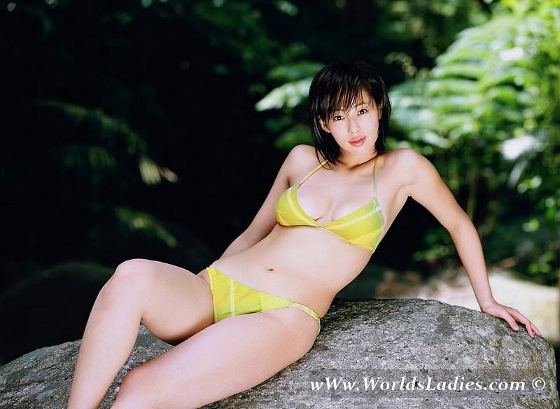 Waka Inoue Photo Gallery