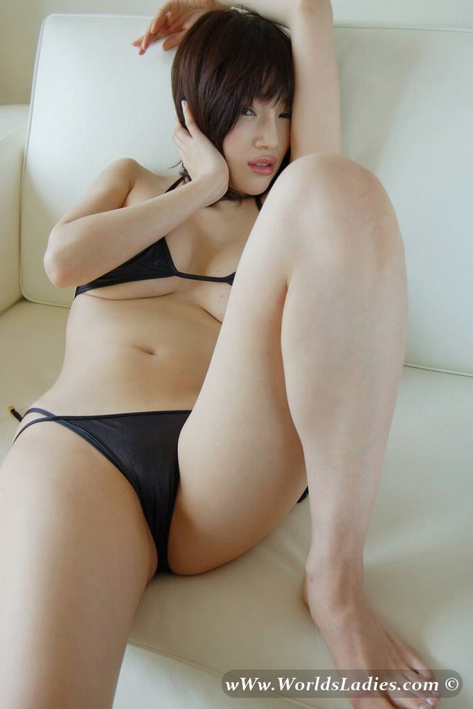 Yuuri Morishita Photo Gallery